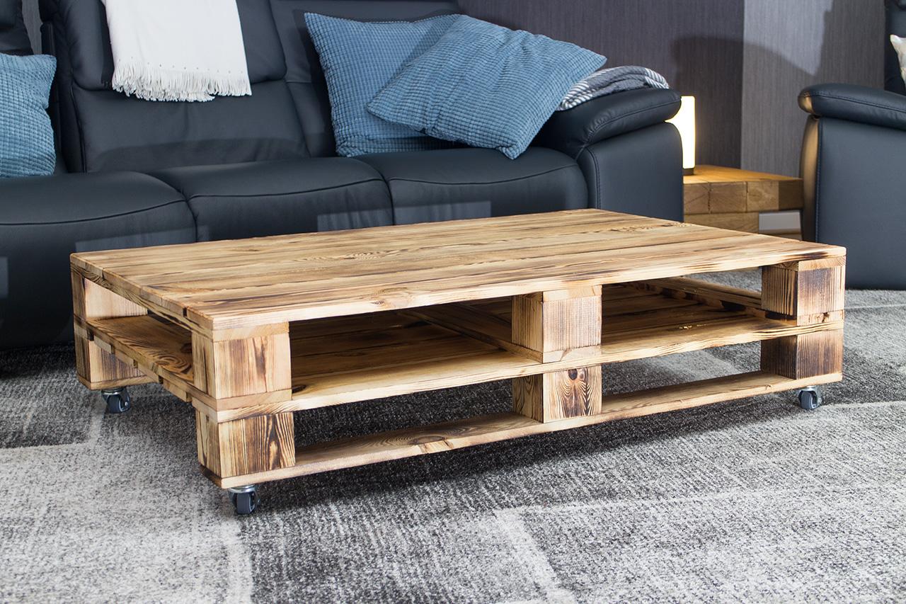 m bel couchtisch aus geflammtem palettenholz auf rollen 120x80cm. Black Bedroom Furniture Sets. Home Design Ideas