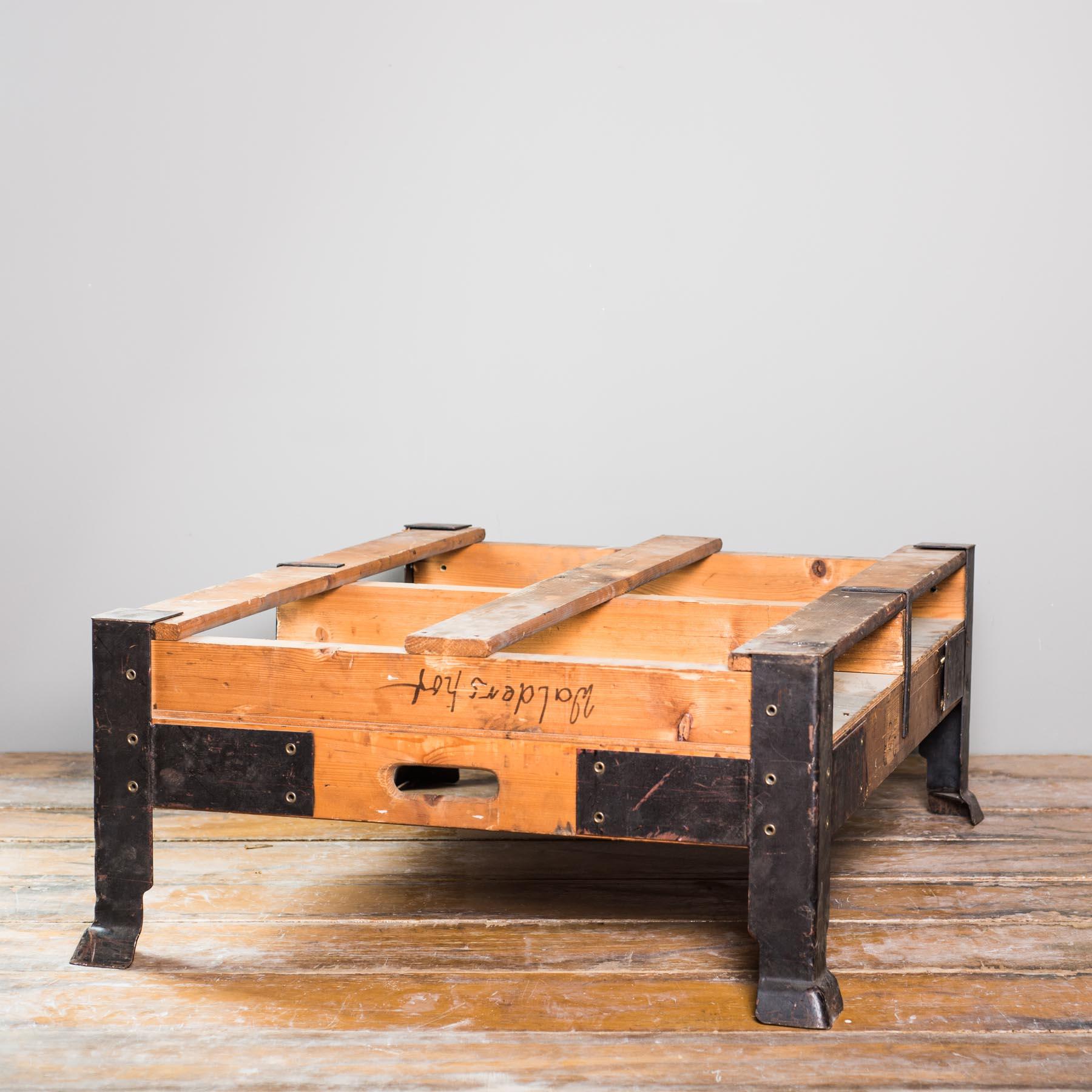 tischvariationen vintage industrietisch inkl glasplatte 106x85x40cm. Black Bedroom Furniture Sets. Home Design Ideas