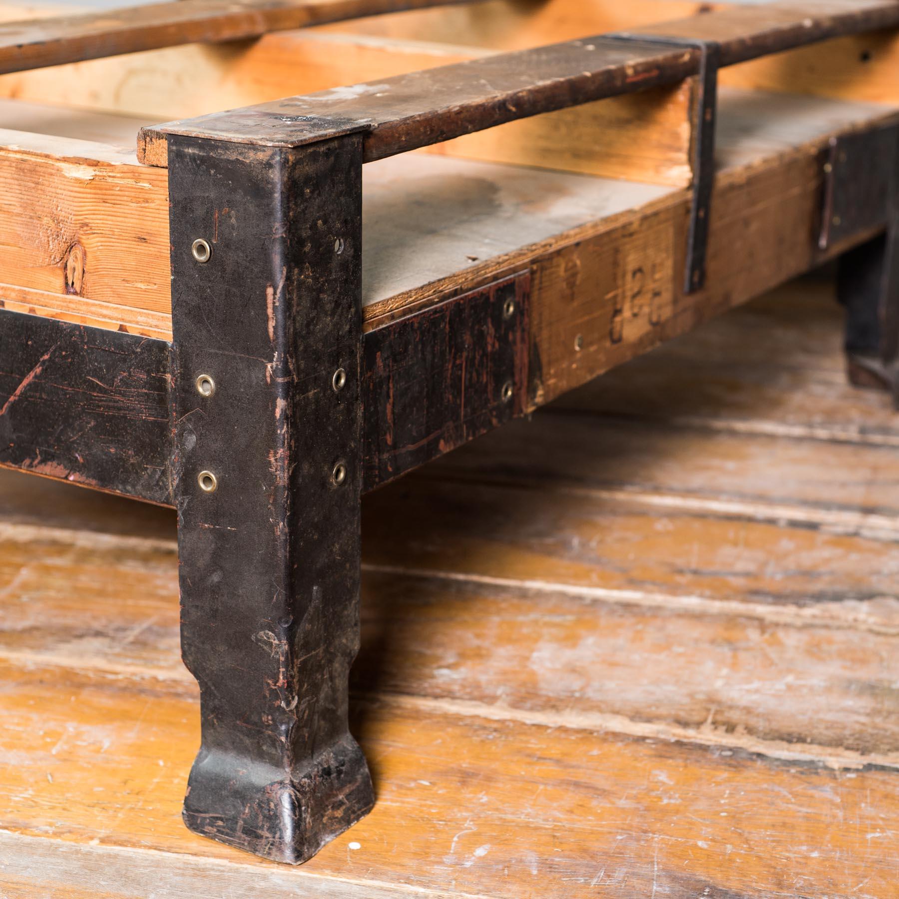 Weinkisten möbel tisch  Möbel: // B-Ware // Vintage Industrietisch 106x85x40cm (Nur Tisch)